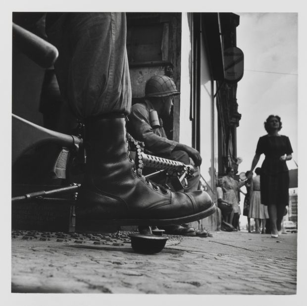 Don McCullin, Near Checkpoint Charlie, Berlin (1961). Credit: Don McCullin/Tate