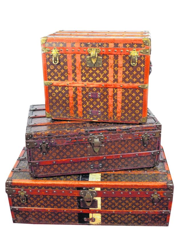5ff501e32512 Oscar-winning luggage surfaces in Laois sale