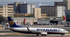 Ryanair is to increase its flights to Lisbon.
