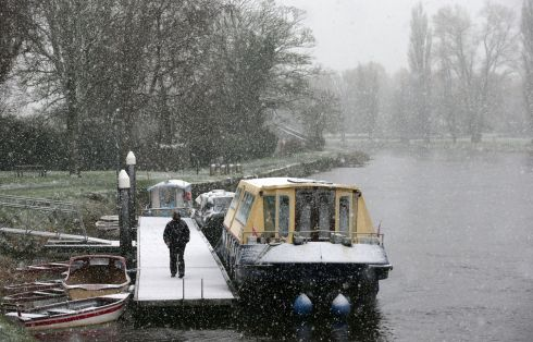 Snow beginning to fall in Athy, Co Kildare. Photograph: Laura Hutton/The Irish Times