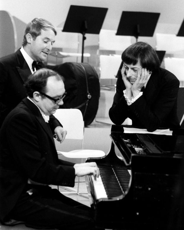 André Previn with Eric Morecambe and Ernie Wise on the 1971 Morecambe and Wise Christmas show. Photograph: Trinity Mirror/Mirrorpix/Alamy
