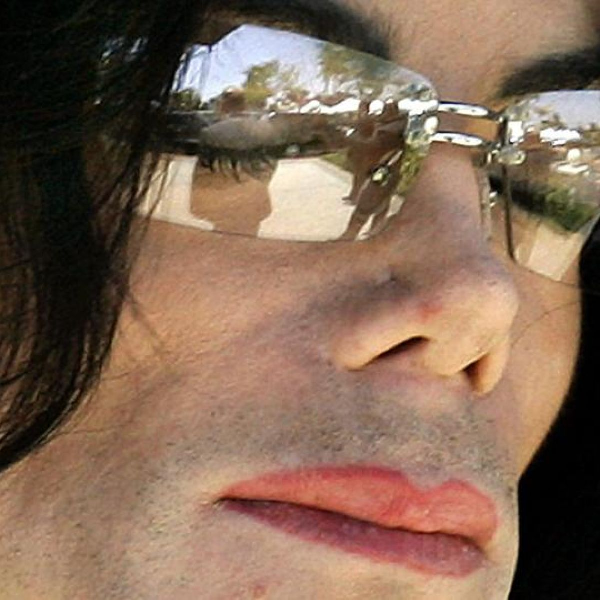 leaving neverland channel 10 replay