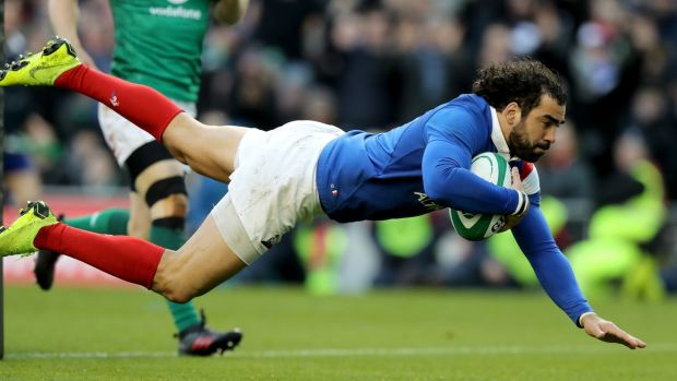 Yoann Huget dives in for a late try. Photo: David Rogers/Getty Images