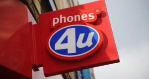 Dublin-born accountant Ronan Dunne, former CEO of O2 UK, allegedly met with Phones 4U to pull phones from retailer