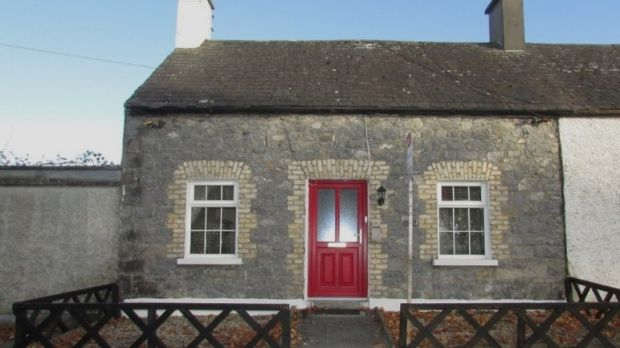 €125,000: Two-bedroom home in Birr, Co Offaly