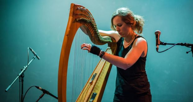 Úna Monaghan: Electroacoustic experiments on the harp