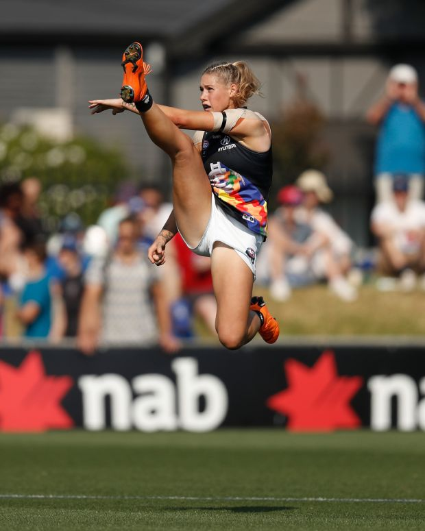 Star forward: the full photograph of Tayla Harris that trolls commented on. Photograph: Michael Willson/AFL/Getty