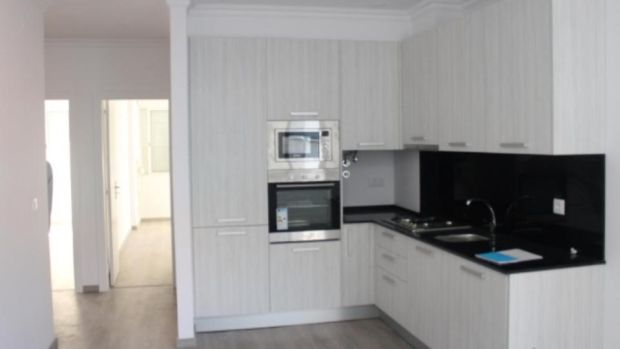 €125,000: Apartment in the Amadora suburb of Lisbon, near the capital's public transport network