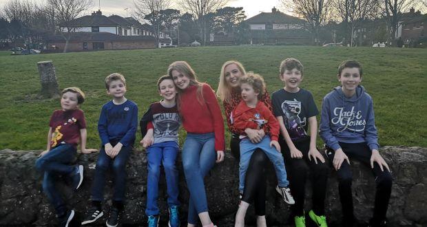 Jen Hogan with her children