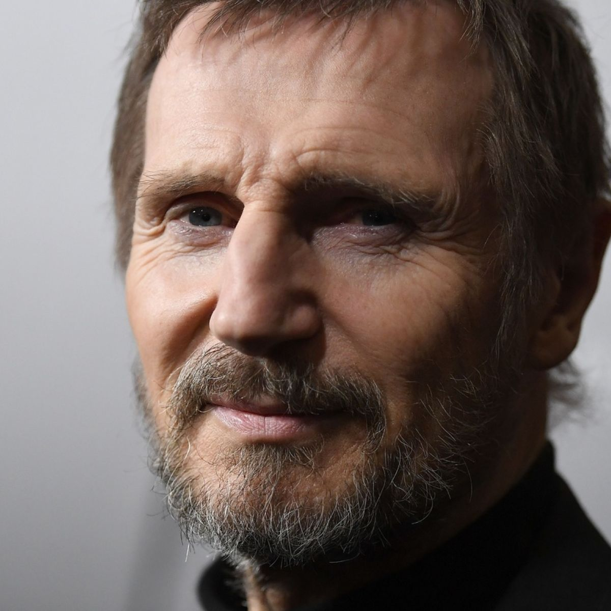 Liam Neeson apologises for remarks on killing a black man