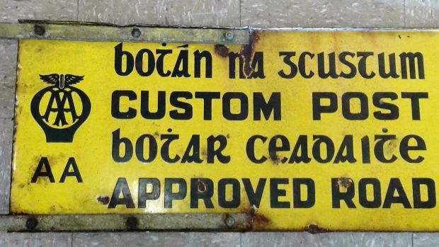 Lot 483: Custom Post Road sign at Purcell Auctioneers (€150-€250).
