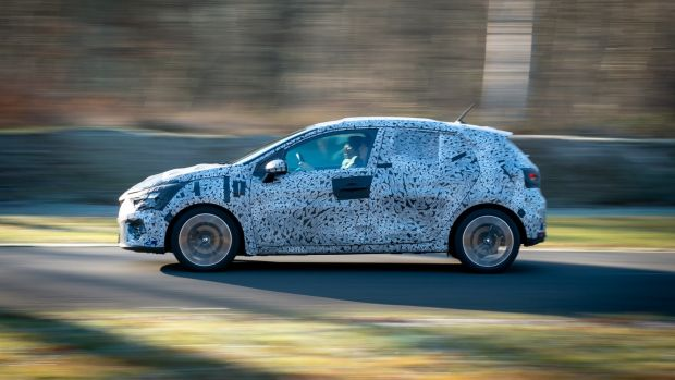 The 1-litre petrol felts light and nimble, even eager, on the track while the 1.5-litre diesel's shorter shift gearstick felt far more mechanically precise than that of its petrol counterpart
