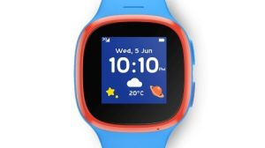 The V Kids watch is actually the TCL Move by another name. Think bright colours, sturdy design and a simple interface