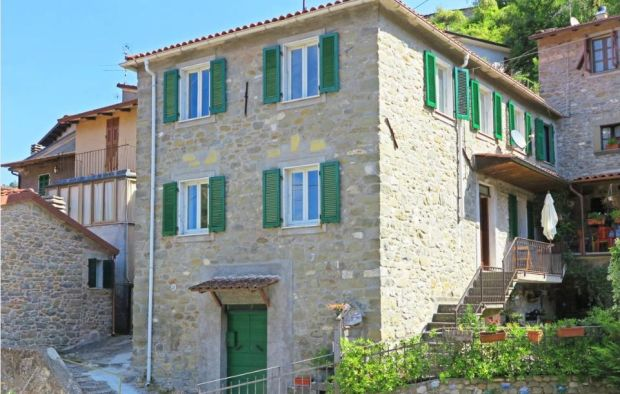 Italy: Traditional stone house in Massa and Carrara