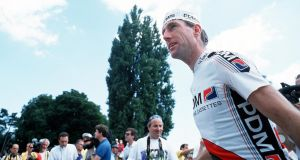Seán Kellyt at the Tour de France 1990. Photograph: Billy Stickland/Inpho