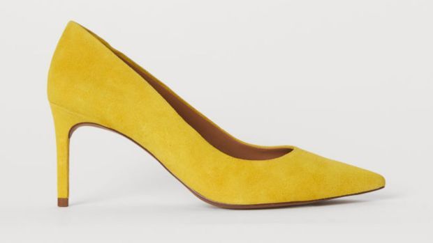 Yellow courts H + M. €49.99