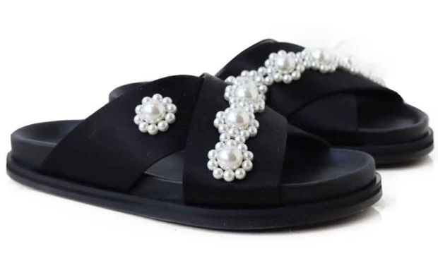 Simone Rocha black pearl sliders €530 - via havanaboutique.ie