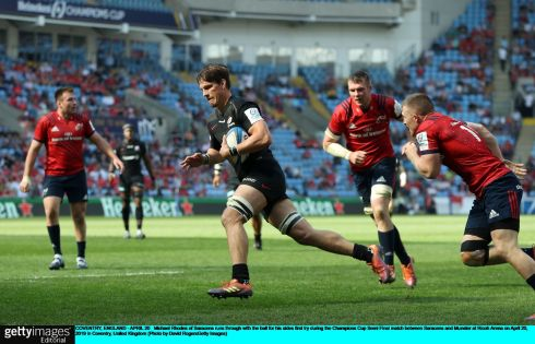 Michael Rhodes of Saracens runs through with the ball for his sides first try. Photo: David Rogers/Getty Images