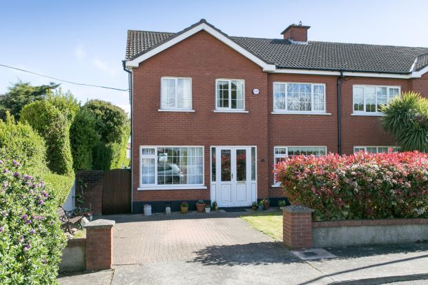 14 Leopardstown Court, Stillorgan, Co Dublin.