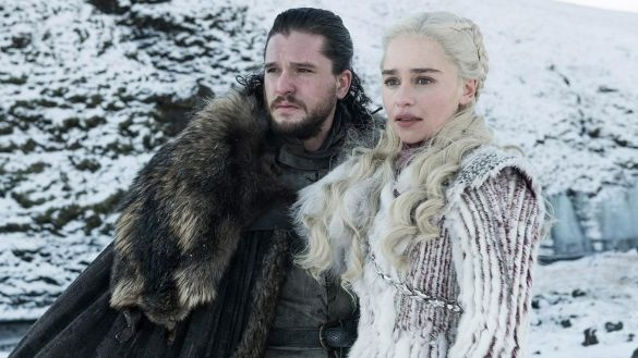 "The ""real"" Daenerys Targaryen with Jon Snow in Game of Thrones"