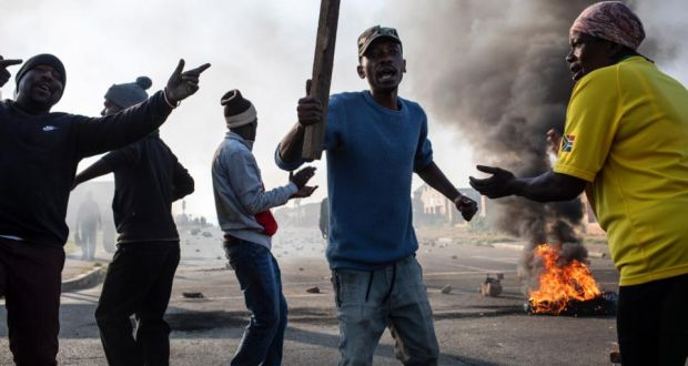 Rise in violent protests ahead of South African general election
