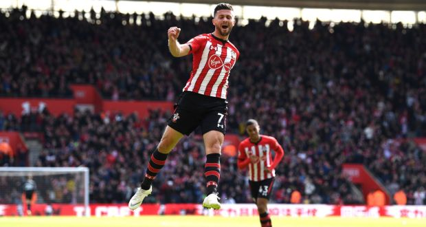 045d049f4a53 Shane Long of Southampton celebrates after scoring his team s first goal  during the Premier League win