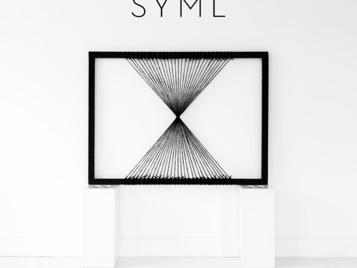 SYML: SYML review – Between darkness and light