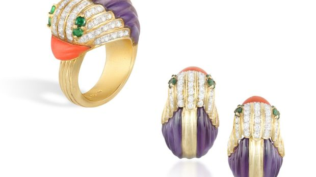 Lot 70 Duck shaped ring and earrings (€4,500 - €5,500)