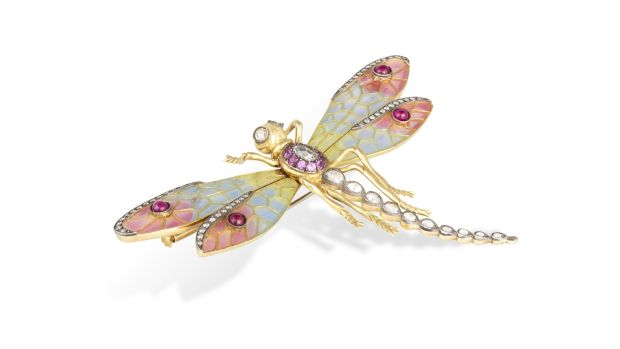 Lot 48 Diamond and pink sapphire brooch (€4,000 - €6,000)