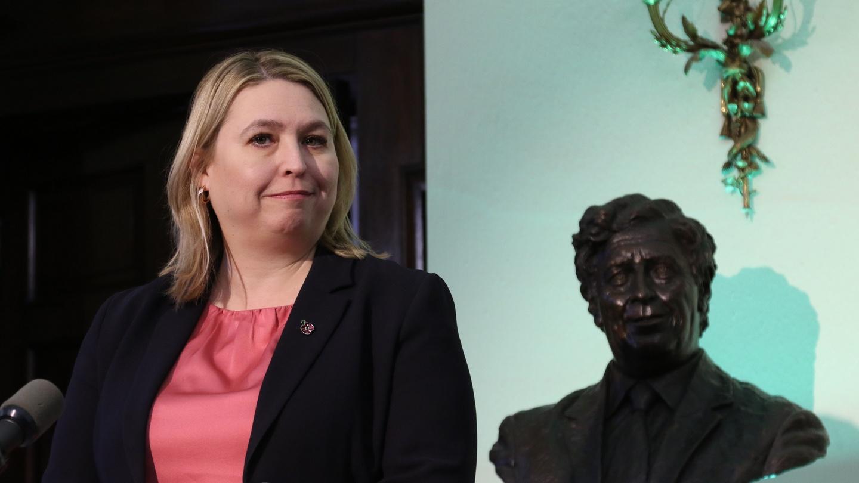 Fintan O'Toole: History of Ireland and England deserves better than egregious nonsense