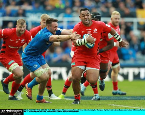 Billy Vunipola of Saracens breaks from Jack Conan. Photo: David Rogers/Getty Images
