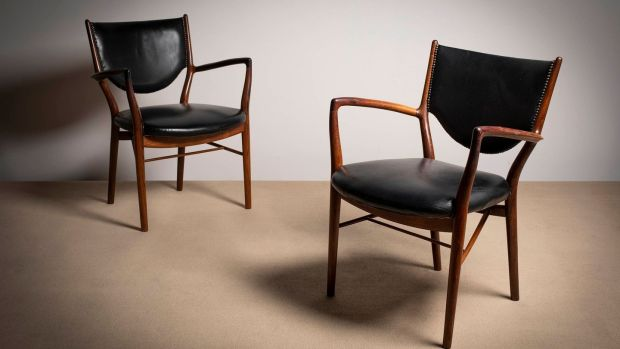 A air of NV46 chairs by Finn Juhl, estimation € 1,500–€2,000