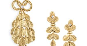 1950s Cartier 'coffee bean' brooch and earrings, guide  €6,000-€8,000, sold for €34,000