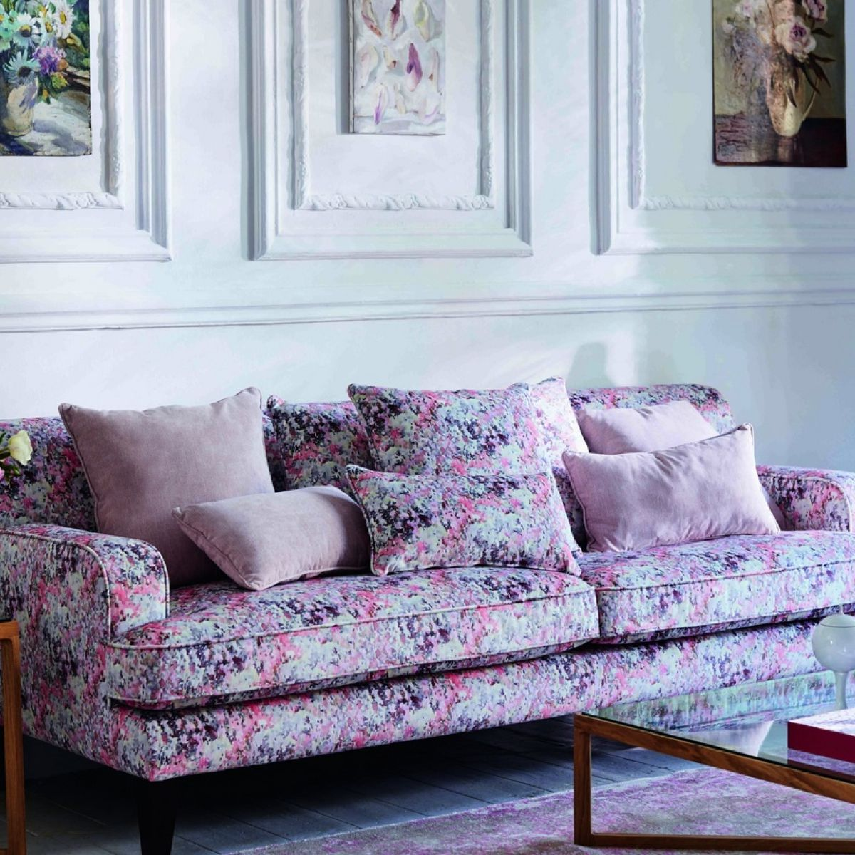 Remarkable Blooming Lovely Florals Go Up The Walls And Where To Find Cjindustries Chair Design For Home Cjindustriesco