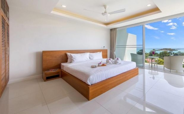 Koh Samui: semi-detached house with a sea view