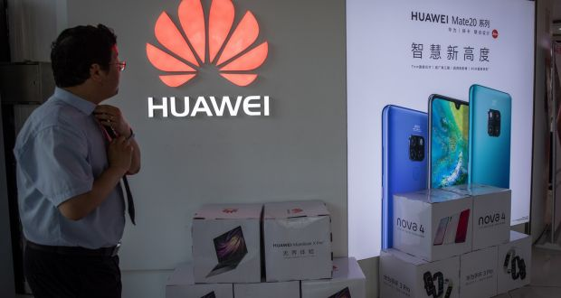 Buying Huawei phone poses 'real risk', experts say