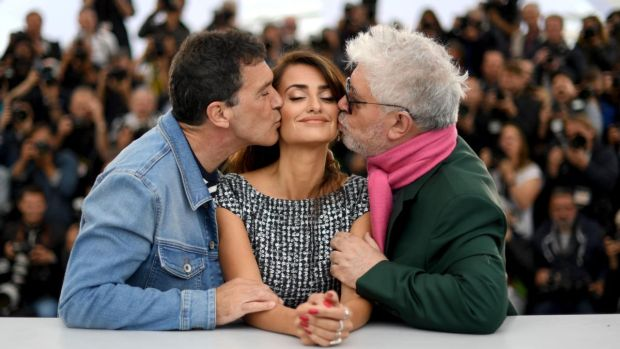 Cannes 2019: Banderas kills Banderas, Tarantino makes a spoiler plea