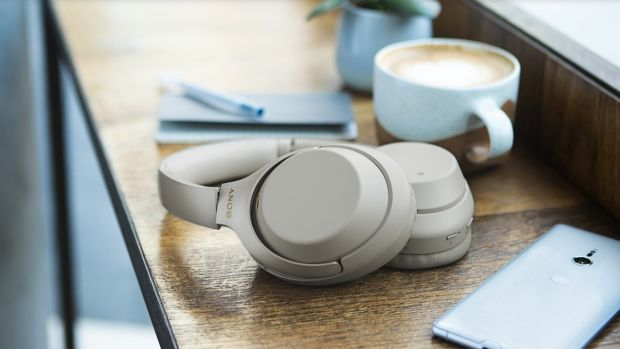 Tech Review Decent Bluetooth Headphones That Will Tune Out The World