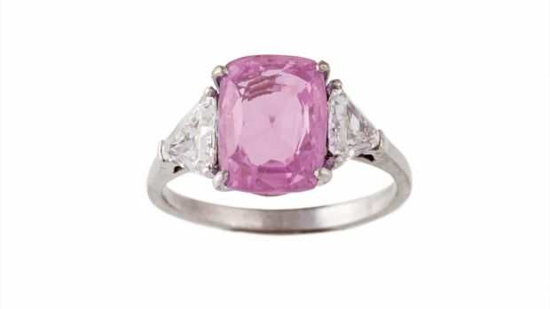 Lot 371: Pink sapphire and diamond ring, €6,900 (€6,500-€7,000), O'Reilly's