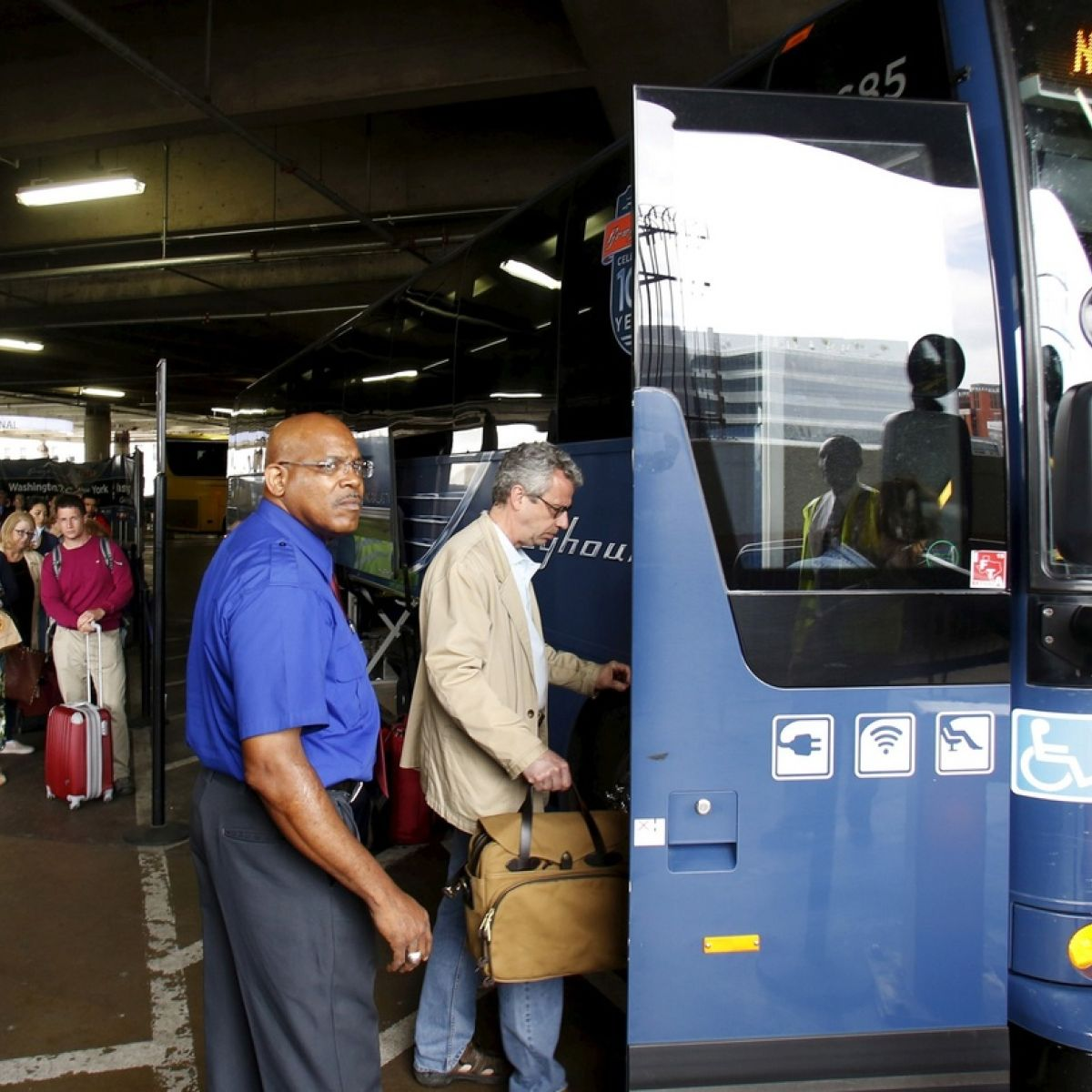 Aircoach owner FirstGroup to sell off Greyhound, First Bus
