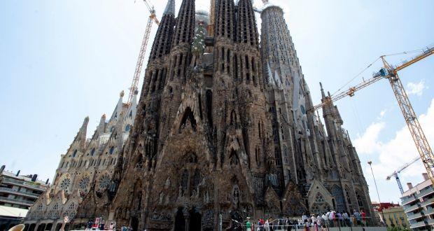 Sagrada Familia Gets Building