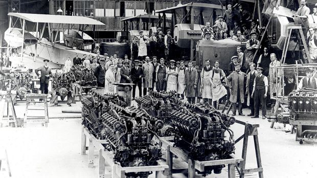 The Eagle engine manufacturing team at Rolls-Royce in Derby, England. Photograph courtesy of Rolls-Royce Heritage Trust