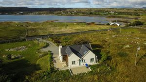 Ceannabhan Cottage in Derrigimlagh Clifden, Co Galway