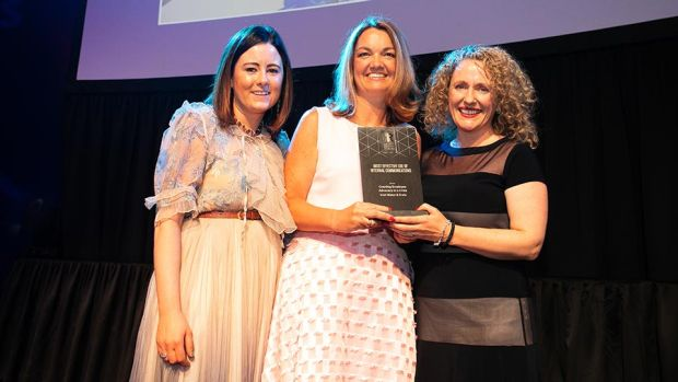 Claire O'Reilly, Awards Judge, presents the Most Effective Use of Internal Communications award to Paula Dowling & Debbie O'Brien, Irish Water & Ervia