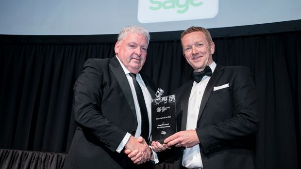 Barry Murphy, Managing Director, Sage, presents the Accountant of the Year award to Feargal McCormack, PKF-FPM Accountants.
