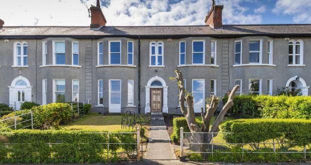 11 Nashville Park, Howth, Co Dublin: terraced house perched high above the village and harbour