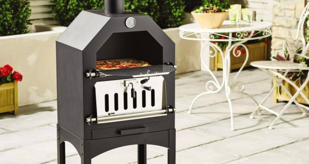 Hot summer: outdoor pizza oven, €119.99 at Lidl