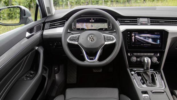 Volkswagen's plug-in Passat embraces new tech services