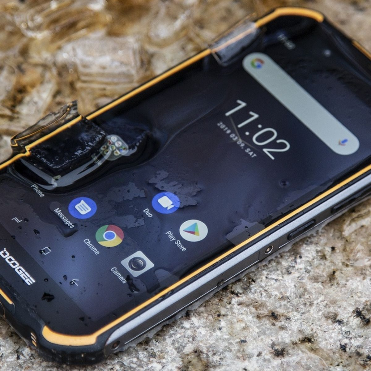 Doogee S40 review: What happened when we dropped it down a