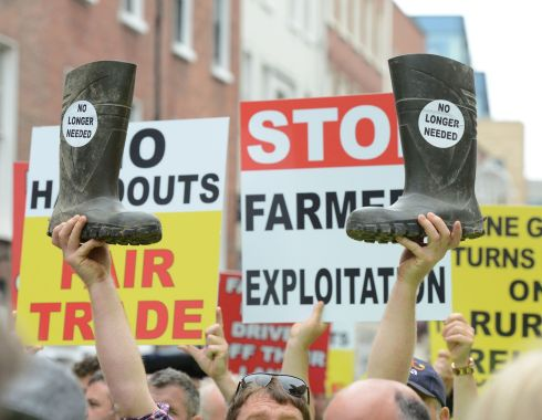 Irish  farmers held a protest outside Dail Eireann today regarding the Mercosur trade deal between the EU and South American countries.  Photograph: Dave Meehan for the Irish Times